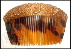 RARE Philippines Antique 14k Gold and Horn Comb Payneta Medium Flower Motif | eBay Philippines Fashion, Filipiniana, Vietnam, Hair Ornaments, Horns, Wedding Jewelry, Antique Jewelry, Hair Accessories, Gems