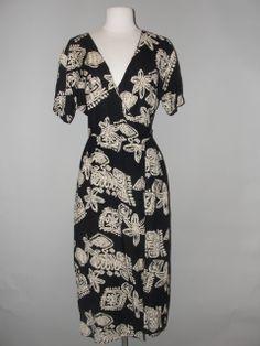 Amazing Dresses, Nice Dresses, Vintage Clothing Stores, Print Wrap, 80s Fashion, Vintage Outfits, Wrap Dress, Clothes, Outfits