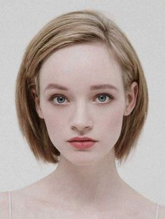 Claasic short hairstyles for straight hair