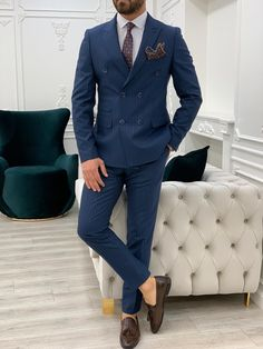 Navy Blue Suit Outfit, Navy Blue Pinstripe Suit, Blue Slim Fit Suit, Dark Blue Suit, Blue Suits, Double Breasted Pinstripe Suit, Disco Fashion, Men's Fashion, Suit And Tie