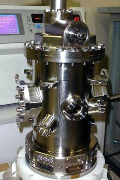Vacuum chamber for developing test mass chamber
