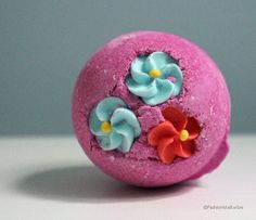 Best bath bomb - Lush's Think Pink