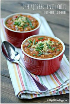 Red Lentil Chili Recipe: This vegan chili recipe smells and tastes delicious—try it by itself or poured over a golden baked potato! This vegan chili recipe smells and tastes delicious—try it by itself or poured over a golden baked potato! Lentil Chili Recipe, Vegan Chili, Chili Recipes, Lentil Recipes, Lentil Soup, Vegan Soups, Vegan Dishes, Vegetarian Recipes, Healthy Recipes