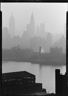 Manhattan, NYC, NY Photo by Samuel H. Gottscho, 1932 Image via Museum of the City of New York (Print Available) Midtown Manhattan, as seen from the Queensboro Bridge west, across the East River. #ArtDeco #architecture