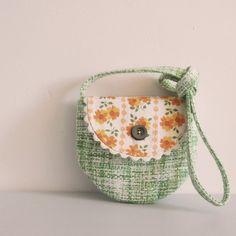 little shoulder bag