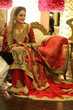 The Trends In Traditional Red Bridal Dresses Keeps Changing Pakistan There Are Many New Styles Pakistani 2014 Inspired