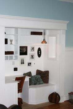 WHIMAGES: BUILT IN NOOK     AWESOME IDEA