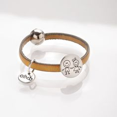 bijoux en cuir made in France - Oliv. Grave, Bracelet Cuir, Bracelets, Simple, How To Make, Leather, Jewelry, Leather Jewelry, Small Boy