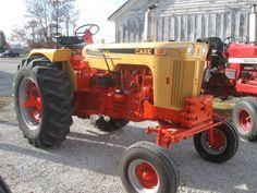 Simplicity is Happiness Antique Tractors, Vintage Tractors, Old Tractors, Vintage Farm, Pictures Of America, Tractor Pictures, Tractor Implements, Case Tractors, Train Truck