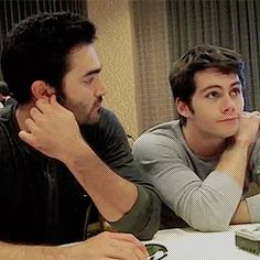 Tyler Hoechlin and Dylan O'Brien adorableness from interviews at ComicCon'13 (gif)