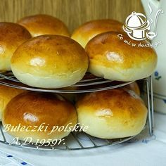 BUŁECZKI POLSKIE MAŚLANE  A.D. 1959 - bez rozczynu Polish Bread Recipe, Polish Recipes, Polish Food, Deli Food, Bread And Pastries, Bread Rolls, Holiday Desserts, Baked Goods, Cake Recipes