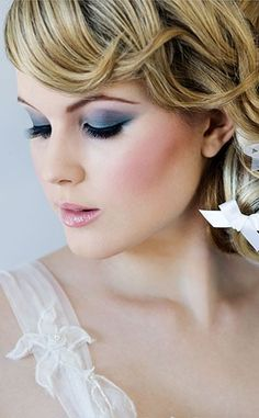 10 More Classic Hairstyles for the Over 50 Bride Makeup ...