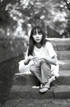 Sitting Poses, Sexy Summer Dresses, Starred Up, Japanese Beauty, Japanese Artists, Outfit Of The Day, Actresses, T Shirts For Women, Celebrities