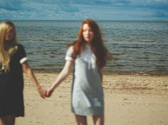 Image discovered by sigi. Find images and videos about girl, photography and summer on We Heart It - the app to get lost in what you love. Ginny Weasley, Lgbt, Hippie Vintage, Jm Barrie, Lily Evans, The Marauders, Girls In Love, Just In Case, Girlfriends