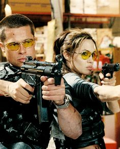 """Mr. & Mrs. Smith"" (2005) - Angelina Jolie (Jane Smith) & Brad Pitt (John Smith)"