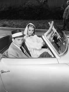 Frank Sinatra & Grace Kelly | More Grace Kelly lusciousness here: http://mylusciouslife.com/photo-galleries/entertainment-books-movies-tv-music-arts-and-culture/