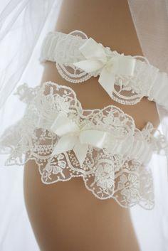 Ivory Bridal Garter, White Wedding Garter, Lace Garter, Lace Wedding, Wedding Veils, Wedding Hair, Bridal Hair, Bridal Garters, Garter Belts