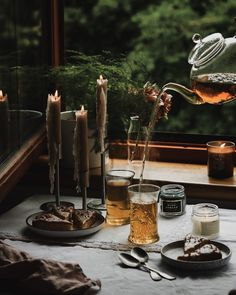 Moving in Food photography Food Photography, Candles, Tea, Table Decorations, Instagram, Home Decor, Decoration Home, Room Decor, Candy