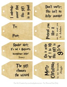 Free Printable Harry Potter Christmas Gift Tags - Lovely Planner 8 Free Printable Harry Potter tags to decorate your gifts for Christmas and all year. 4 different color schemes available. Harry Potter Diy, Natal Do Harry Potter, Theme Harry Potter, Harry Potter Printables, Harry Potter Birthday Cards, Harry Potter Cards, Harry Potter Christmas Decorations, Harry Potter Christmas Gifts, Hogwarts Christmas