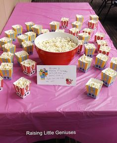 Lots of ideas to throw a Shopkins birthday party