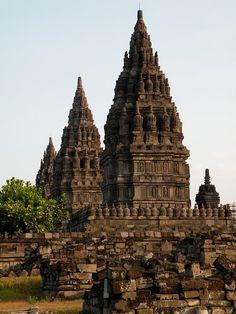 Candi Prambanan the largest hindu temple in Indonesia