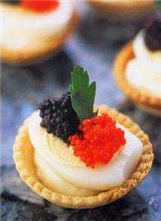 Elegant Hors d'Oeuvre: Quail Egg, Caviar & Chervil Croustades