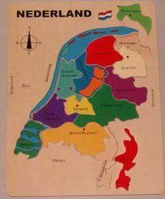 Houten legpuzzel Nederland Een houten puzzel met alle provincie's. Leg de stukjes op de juiste plek en leer zo de Provincie's van Nederland kennen Afmeting Houten legpuzzel Nederland : ca 40 x 30 cm Levertijd ca 2-4 werkdagen
