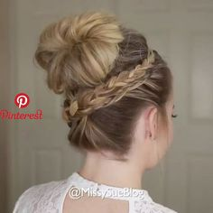 New hair curly video trenza 27 ideas Pin by Frisuren on frisuren in 2019 Pin by Elbaz on coiffure braid with bun lol I could never, but love lol I could never, but love! Up Hairstyles, Pretty Hairstyles, Braided Hairstyles, Popular Hairstyles, Wedding Hairstyles, Formal Hairstyles, Curly Hair Styles, Natural Hair Styles, Pinterest Hair