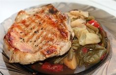 Как сделать жареное мясо нежным и сочным? Есть несколько способов:1. Мягкость жареному мясу даст горчица. Ею нужно обмазать кусочки, приготовленные для жарки. А можно смазать их растительным маслом и …