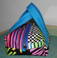 Name: 'Sewing : Boxy Cosmetic Bag Bag Patterns To Sew, Sewing Patterns Free, Free Sewing, Free Pattern, Quilt Patterns, Sewing Hacks, Sewing Tutorials, Sewing Crafts, Sewing Projects