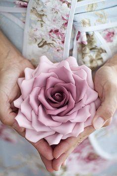 Como hacer Pasta de Flores con VIDEO TUTORIAL - Megasilvita