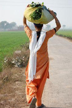 #i in #1billion+ pind de singhni =) India