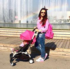 Pink lady, pink baby and pink stroller BABYZEN YOYO. Get it here: https://strolleria.com/collections/babyzen/products/babyzen-2016-yoyo-6-stroller