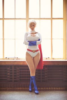 A Beautiful Power Girl Cosplay by Crystal Graziano More cosplay at AllThatsEpic& Follow us on Twitter! Submit us your cosplays!