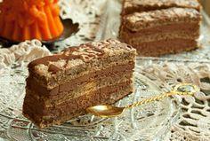 La Ancuţa: Prajitura cu nuca si ciocolata Romanian Desserts, Russian Desserts, Romanian Food, Romanian Recipes, Something Sweet, Nutella, Sweet Treats, Favorite Recipes, Yummy Food