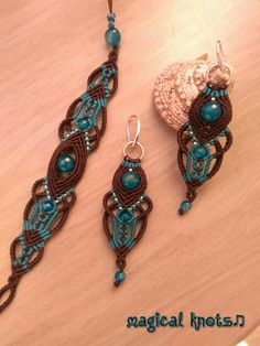 Macrame bracelet and earrings with beautiful agate stones