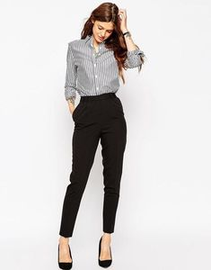 Moda casual formal heels ideas for 2019 Summer Work Outfits, Casual Work Outfits, Work Attire, Classy Outfits, Office Outfits, Office Wardrobe, Outfit Work, Classy Casual, Casual Attire