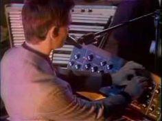 """Kraftwerk - """"Autobahn""""  [ Live on    'The Midnight Special' ]  (1975)"""