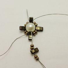 Beaded Earrings, Beaded Jewelry, Beaded Bracelets, Diy Bracelet, Drop Earrings, Beading Patterns Free, Seed Bead Patterns, Beading Projects, Beading Tutorials