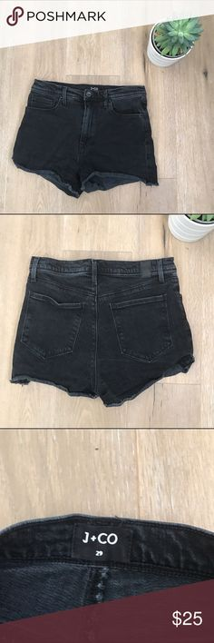 J+Co high waisted black washed shorts size 29 J+Co high waisted black Jean washed shorts size 29. Perfect with a tank. Great for everyday use ! 😉🎈👌🏽 12/25 J+Co Shorts Jean Shorts