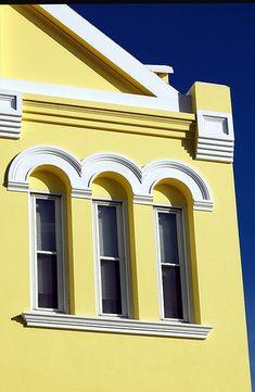 Bermuda Architecture and Color