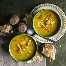 Herby chicken & butter bean soup