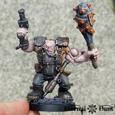 assorted mutants (this is an Ork body with zombie head) Warhammer Inquisitor, Zombie Head, Warhammer Paint, Fantasy Battle, Warhammer 40k Miniatures, Fantasy Miniatures, Model Building, Minis, Army