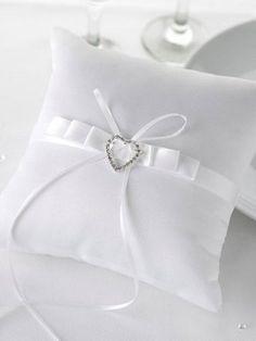 aaf0440e6b57 Contemporary Hearts Ring Cushion Cushion Ring
