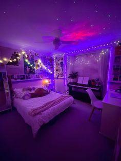 indie teen bedroom #cosyhomedecoration Indie Room Decor, Cute Bedroom Decor, Room Design Bedroom, Room Ideas Bedroom, Bedroom Inspo, Chill Room, Cozy Room, Neon Bedroom, Indie Bedroom
