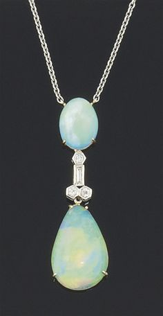 An opal and diamond necklace,ca 1900 Edwardian era