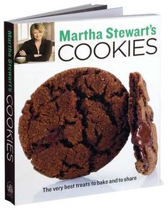 [PDF] Martha Stewart's Cookies: The Very Best Treats to Bake and to Share: A Baking Book, Author Martha Stewart Living Magazine Hazelnut Cookies, Chocolate Chunk Cookies, Ginger Chocolate, Biscotti Cookies, Biscotti Recipe, Chocolate Chocolate, Snickerdoodles, Peanut Butter Swirl Brownies, Peppermint Meringues