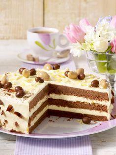 Luftig leckere Torte. Chocolate Torte, Chocolate Muffins, German Chocolate, No Bake Cookies, No Bake Cake, No Bake Desserts, Dessert Recipes, Super Torte, Eat Dessert First