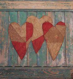 3 #Primitive #Valentine Heart Ornaments by PrairiePrimitives ... $12 on Etsy!