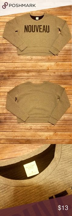 Abercrombie and Fitch cropped sweatshirt Size Medium Thick but not heavy Super cute Abercrombie & Fitch Tops Sweatshirts & Hoodies